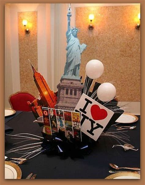 Statue of Liberty   Centerpieces   Pinterest   Statue of
