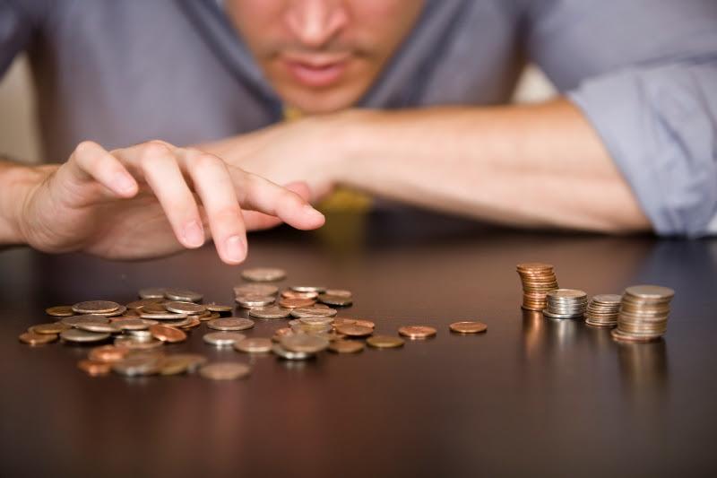 Картинки по запросу фото маленькая зарплата