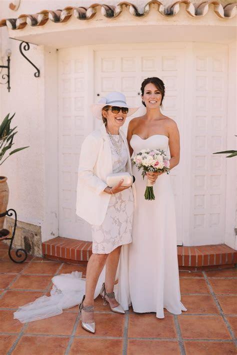 Real Bride: Kate Sutton   Suzanne Neville