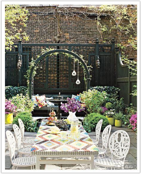 Top 9 Outdoor Table Decor Ideas ? Easy & Cheap Backyard
