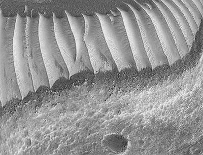 Γυάλινα τούνελ στον Άρη 8