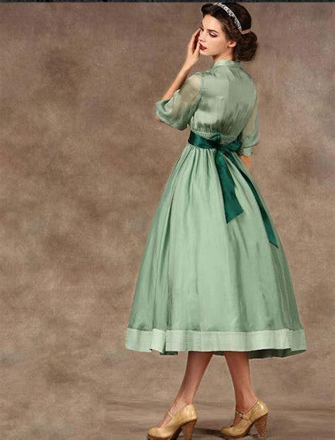 Audrey Hepburn Style 1950s Vintage Inspired Style Dress
