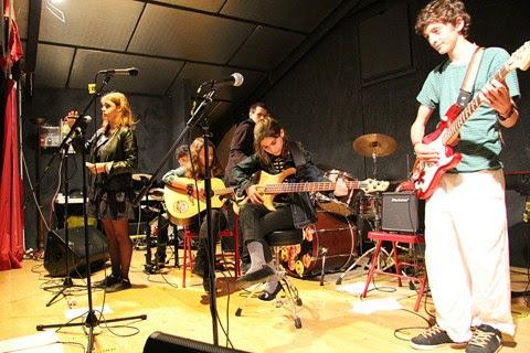 Tous ensemble sur scène à Rock The Casbah, la colonie musique et cinéma de Haute-Garonne