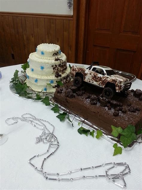 """Mudding"" wedding cake   Mudding?   Pinterest   Wedding"