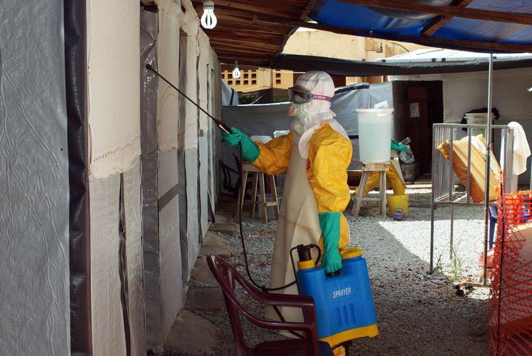 OMS envia especialistas ao Congo para conter surto do ebola