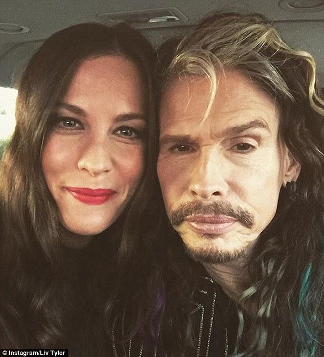 A-lista da família: Liv é a filha do Aerosmith lenda Steven Tyler, 68