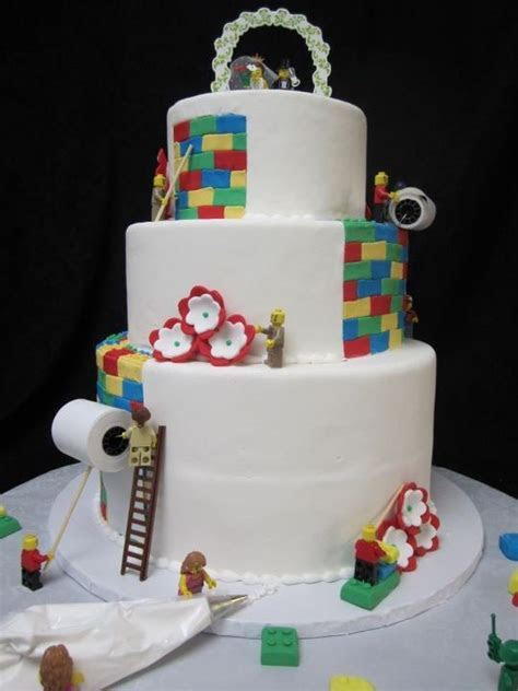 Lego Wedding Cake! The things people come up with! www