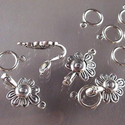 s16707 Sterling - Magnetic Hook Clasp -  Medallion Flower - Sterling (1)