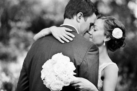 2016 The Knot Best of Weddings   2016 WeddingWire Couples