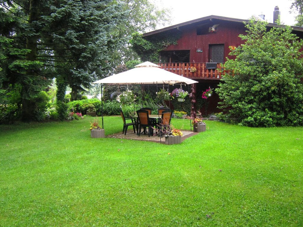 Remonval House Rental: Simple House With Large Garden, Ideal For ...