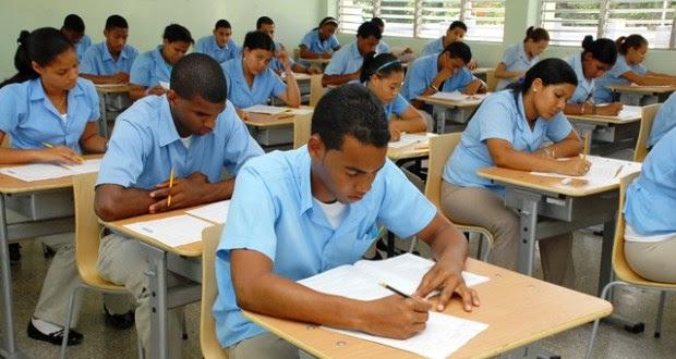 Educación llama a reanudar docencia este miércoles en todo el país