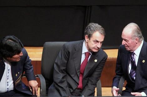 Evo Morales , Zapatero (c) y Juan Carlos de Borbón en la Cumbre Iberoamericana. | Efe