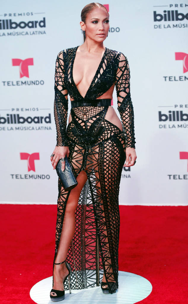 rs_634x1024-170427175727-634.Jennifer-Lopez-Latin-Billboard