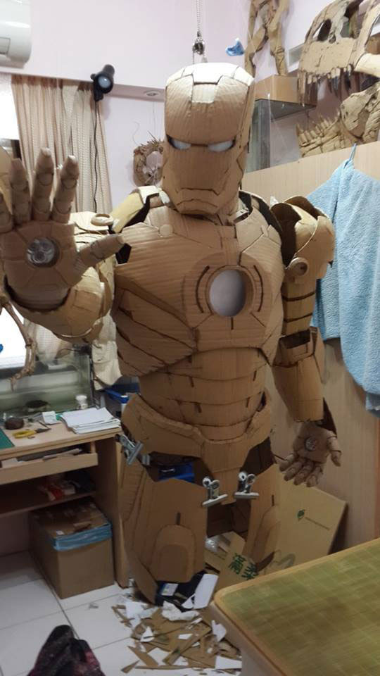 ironman suit made of cardboard by kai-xiang xhong (11)