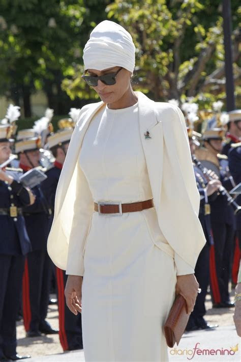 81 best images about Style Crush   Sheikha Mozah Bint