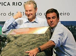 O presidente do COI, Jacques Rogge, e o prefeito do Rio, Eduardo Paes, durante evento visando os Jogos Olímpicos de 2016