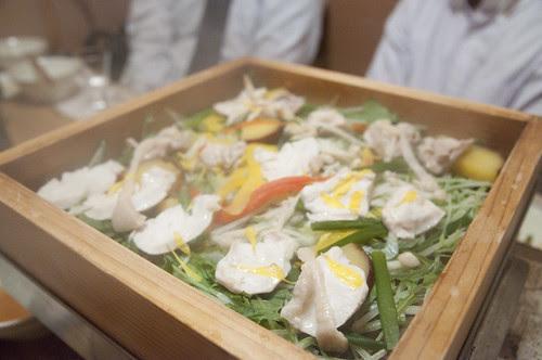 清流鶏と笹葱の蒸篭蒸し, 霧乃個室 蒸し屋清郎, 渋谷