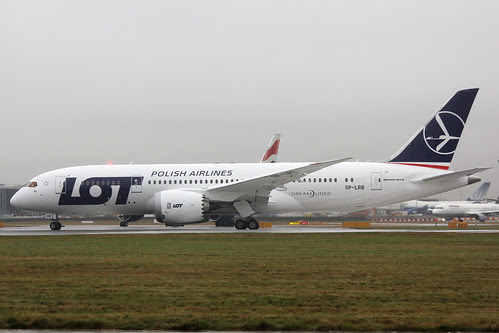 SP-LRB Boeing 787-8 LOT