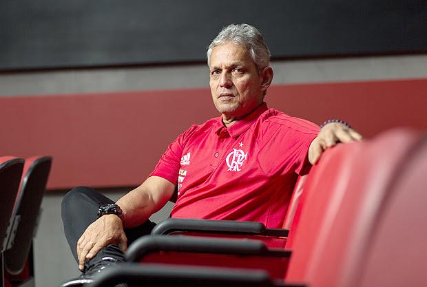 Ex-técnico do Flamengo, Reinaldo Rueda, no centro de treinamento da equipe no Rio