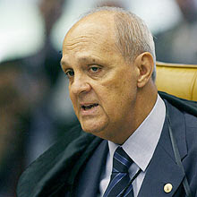 Ministro Carlos Alberto Direito, que morreu aos 66 anos em decorrência de câncer