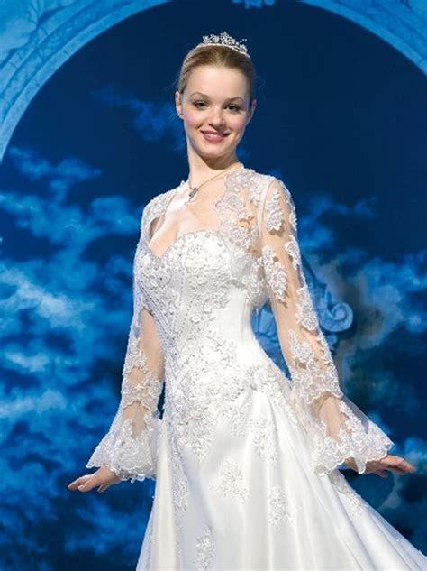 Winter Wedding Dress Trends, Wedding Gown Trends of Winter