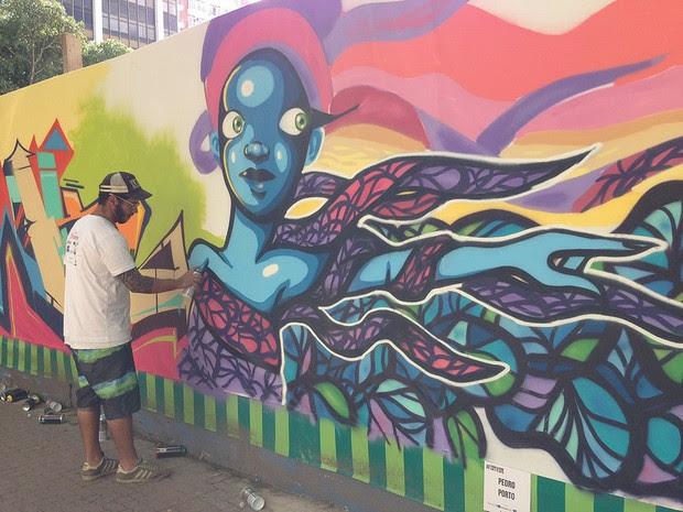 Grafiete em tapumes das obras do Metrô da Linha 4 comemoram 120 anos de Ipanema (Foto: Divulgação/Linha 4 do Metrô)
