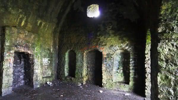 Hell Fire Club on Montpelier Hilll 2 entre os lugares mais assombrados ao redor do mundo