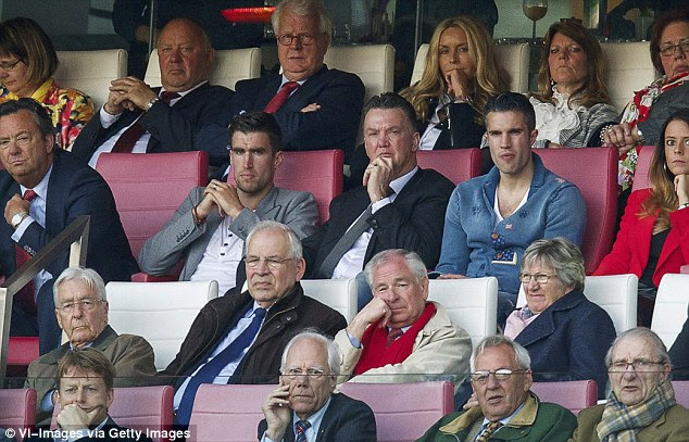 louis van gaal, van persie, and vermaellen