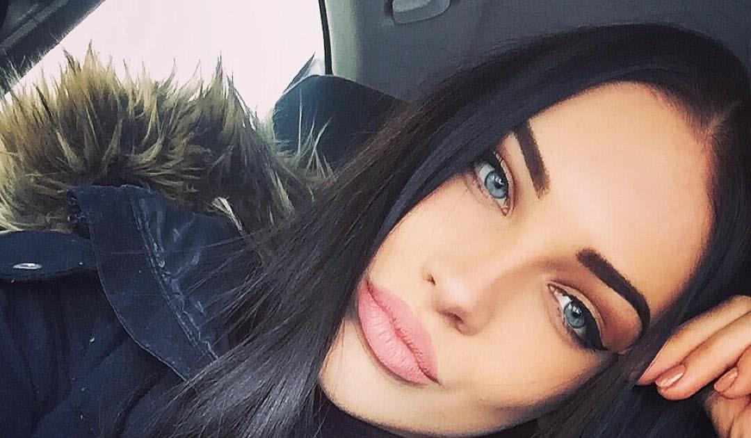 Mädchen Schwarze Haare Blaue Augen | Augen DE