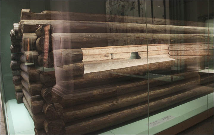 Pazyryk burial chamber