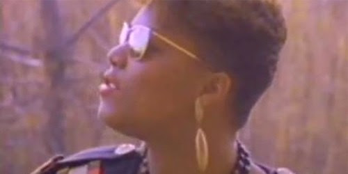 queen-latifah-ladies-fist-high-top-fade