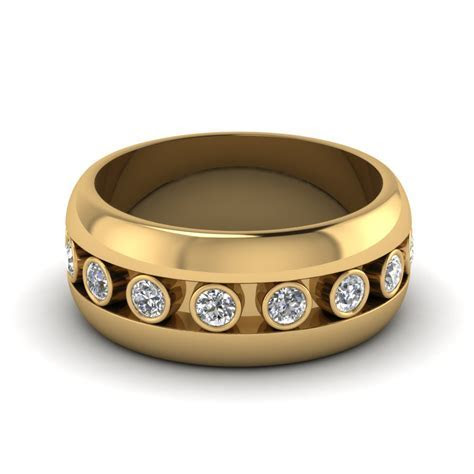 Bezel Diamond Mens Wedding Band In 18K Yellow Gold