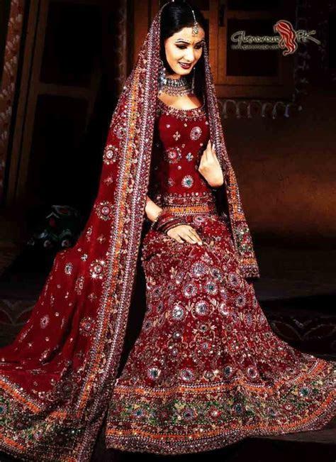 Awesome Traditional Pakistani Wedding Dress   AxiMedia.com