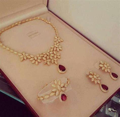 Pin by Sahiba Madaan on Jewels   Jewelry, Diamond jewelry