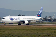 One World Alliance: <br>  Boeing 767-316 CC-CXJ
