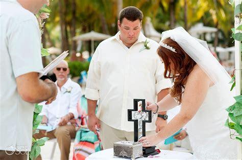 5 Alternative Wedding Unity Ceremony Ideas