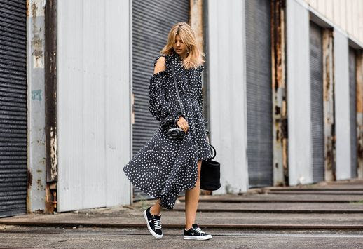 Le Fashion Blog Printed Assymetric Dress Black Bag Black Converse Sneakers Via Badlands Blog