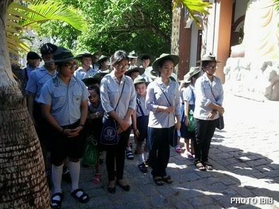 Giới trẻ Gia Đình Phật tử chở đợi trong niềm vui Đại Lễ Vu Lan Báo Hiếu