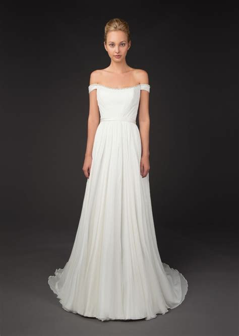 Get The Trend at Any Budget: Off The Shoulder Wedding Gowns