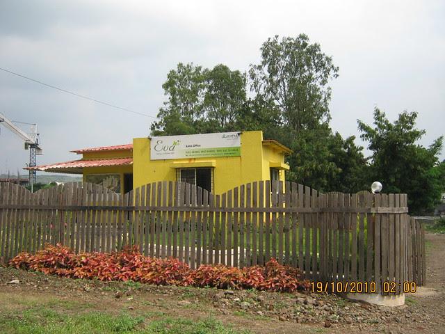Site Office of Anshul Group's Eva, 2 BHK 2.5 BHK 3 BHK Flats at Bavdhan Budurk Pune 411 021