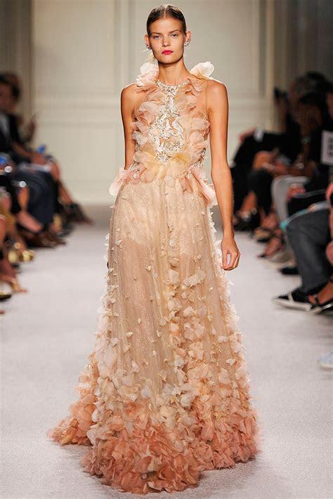NEONSCOPE   Breathtaking Dresses by Marchesa