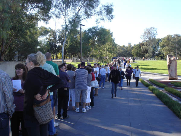 National Gallery of Australia (Canberra) - Queue for Masterpieces from Paris