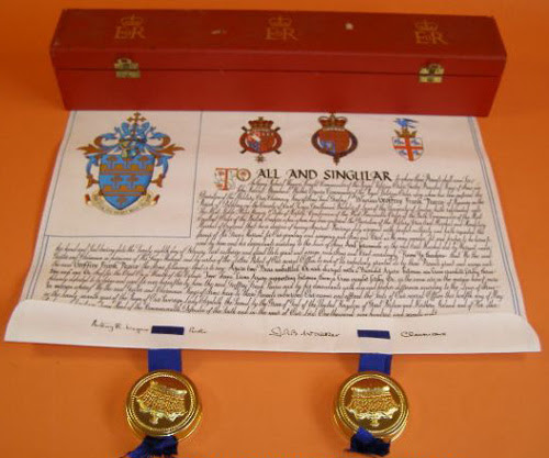 Grant of arms to Geoffrey Frank Pearce