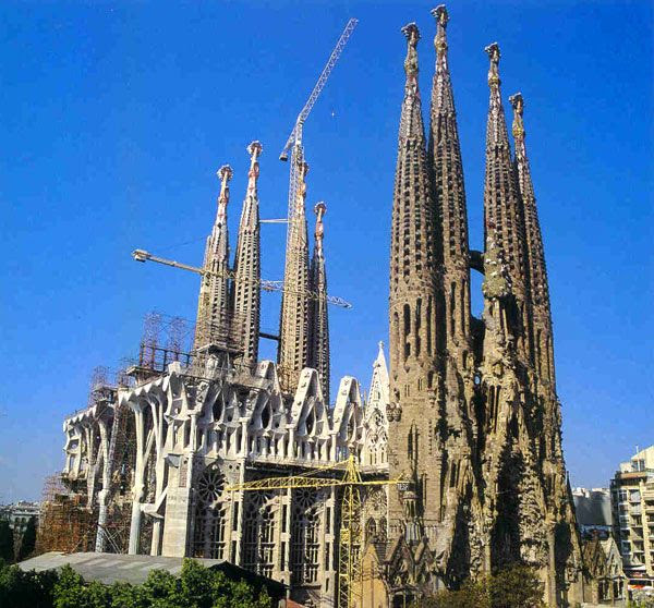 The Temple Sagrada Família...which has been in construction since 1882.