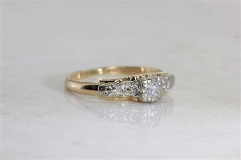 ANTIQUE 1940's ENGAGEMENT RING 14k WHITE & YELLOW GOLD