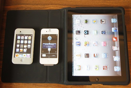 iPod touch de 2007, iPhone 4 blanco de 2011 y iPad de 2010