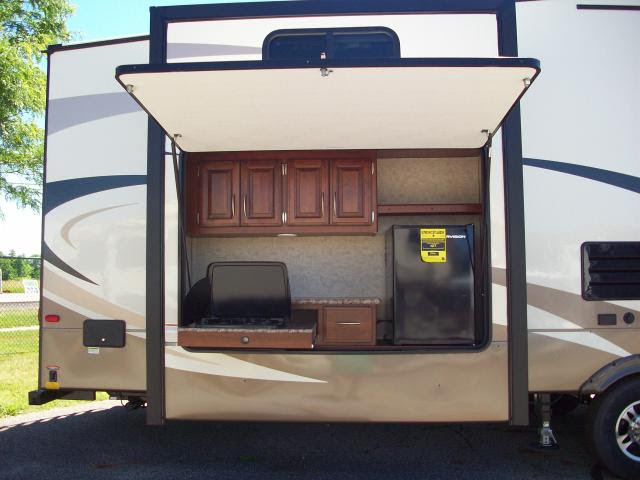 New Rb Fifth Wheel Bunkhouse With 2 Bath