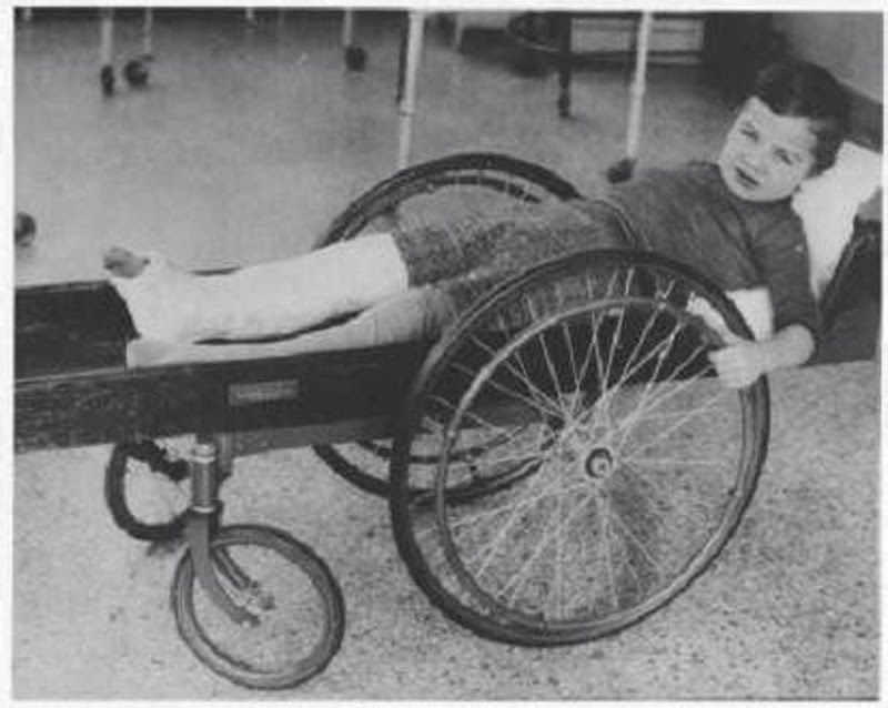 11. The wheelchair, about 1915 medicine, retro, photo
