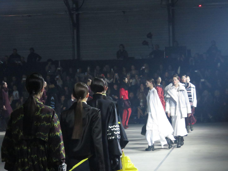 photo kenzo-fw15-paris fashion week-beckermanblog-2_zpsflc2phbu.jpg
