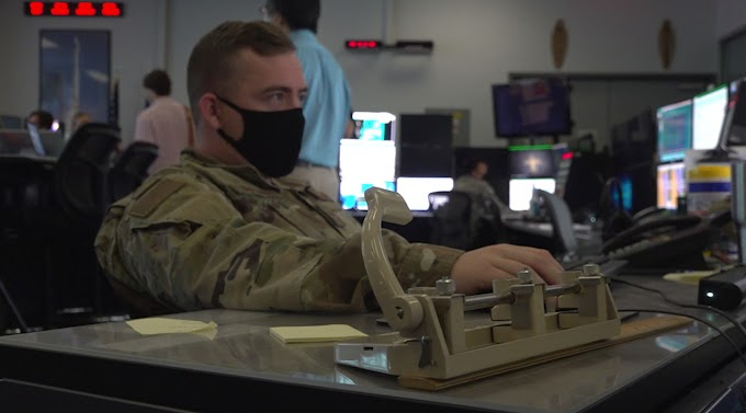 TREND ESSENCE: Take a look inside the 45th Weather Squadron